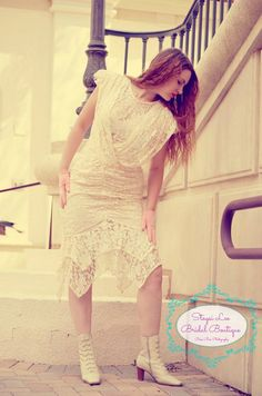 Hey, I found this really awesome Etsy listing at https://www.etsy.com/listing/154955389/peach-lace-mermaid-flapper-dress-wedding