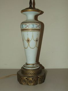 Antique Elegant Victorian Hand Painted Limoges Vase Urn Porcelain Table Lamp #LimogesVaseUrnTableBoudoirDeskLamp