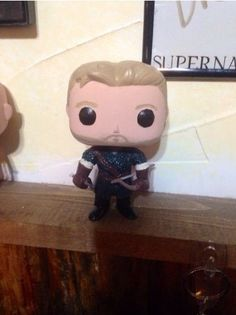 Custom Made Robin Hood pop figure Ouat. /// Fingers crossed that with his return Funko will make a legit one. The demand is out there. Custom Pop Figures, Pop Vinyl Figures, Funko Pop Dolls, Funko Pop Figures, Once Upon A Time, Custom Pop Vinyl, Pop Goes The Weasel, Pop Figurine, Pop Collection