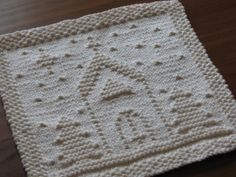One Crafty Mama: knitted O Holy Night Dishcloth free knitting pattern Knitting Squares, Dishcloth Knitting Patterns, Crochet Dishcloths, Knitting Stitches, Knitting Yarn, Free Knitting, Yarn Projects, Knitting Projects, Knitting