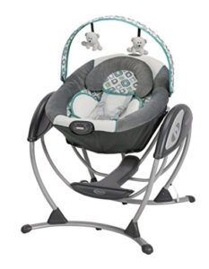 Graco Glider LX Gliding Swing in Affinia is a unique gliding swing that soothes with the same gentle motion you use when cuddling and comforting baby in your nursery glider. Baby Swing Seat, Baby Swings, Baby Car Seats, The Babys, Baby Needs, Baby Love, Baby Items For Sale, Baby Calm, Baby Essentials