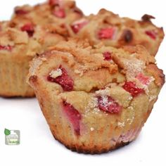 Protein Treats by Nicolette: Strawberry Crumble Protein Muffins