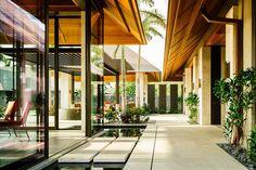 Mark de Reus | Kauhale Kai tropical modernism