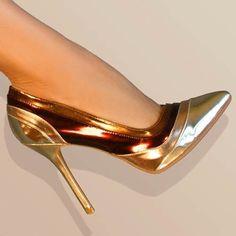 Aleida.net: Anne Michelle Sensuous-21 Pointy Toe Metallic Patent...