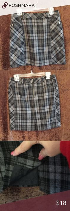 Eddie Bauer Grey And Black Plaid Skirt Fully Lined, snaps on front pockets.  Wear with tights and boots. So cute!!👢 Eddie Bauer Skirts Mini