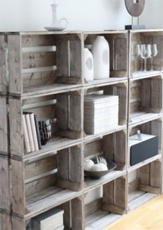 Crate DIY shelves - these crates are usually pretty cheap at Michael's Diy Regal, Diy Casa, Wooden Crates, Milk Crates, Fruit Crates, Wooden Boxes, Fruit Box, Wooden Bin, Wood Pallets