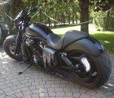 Harley-Davidson V-Rod Night Rod | Rod and Night Rod Special Solo Saddle Bag-v_rod_solo_bag_3.jpg