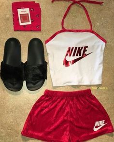 new Ideas fitness clothes nike casual Cute Nike Outfits, Cute Lazy Outfits, Chill Outfits, Sporty Outfits, Dope Outfits, Trendy Outfits, Mode Instagram, Instagram Baddie, Teen Fashion Outfits