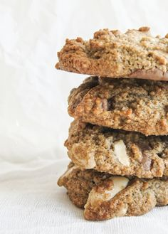 almond meal chocolate chip cookies | inthekitchen.co