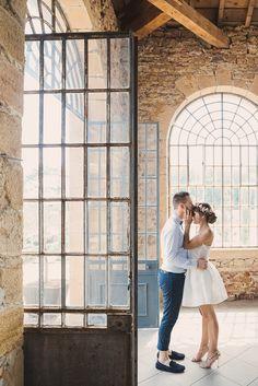 Nathalie Roux Photographe, des images authentiques, qui racontent votre histoire. La célébration d'un engagement sacré et intime, tel le mariage, demande la plus haute attention. Je m'…