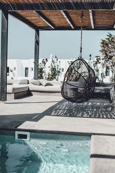 Luxe boho outdoor space – My Mykonos Hotel. Jacuzzi Outdoor, Outdoor Lounge, Outdoor Decor, Outdoor Areas, Outdoor Living, Outdoor Furniture, Santorini Caldera, Santorini Hotels, Plunge Pool