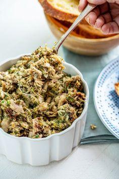 Italian Tuna Salad — The Mom 100 Healthy Meals To Cook, Healthy Diet Recipes, Salad Recipes, Healthy Food, Meat Salad, Tuna Salad, Tuna Fish Sandwich, Italian Tuna, Grilled Chicken Caesar Salad