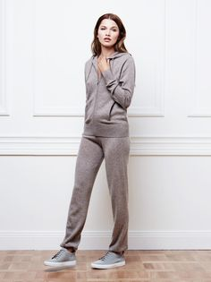 Women's Hoodie and Pants in Taupe / Soft Goat AW16
