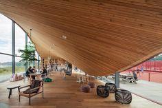 Mit MVRDV auf die Couch - Tennisclub in Amsterdam eröffnet
