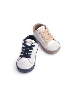 Βαπτιστικά Παπούτσια για Αγόρι από την Baby Walker Chuck Taylor Sneakers, Chuck Taylors, Shoes, Fashion, Moda, Shoe, Shoes Outlet, Fasion, Footwear