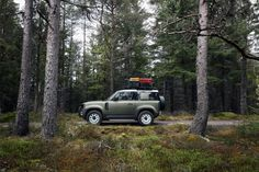 Is the new Land Rover Defender the most anticipated ever? New Land Rover Defender, New Defender, Roof Ladder, Off Roaders, Electric Winch, Photoshop, Offroad, 4x4, Cars
