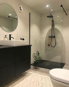 Small Bathroom, Bathrooms, Beautiful Interiors, Bathroom Inspiration, Bathroom Interior, Restaurant Bar, Future House, Furniture Design, House Design