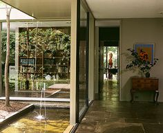 Breuer Hooper House Courtyard view from Foyer to Living Room