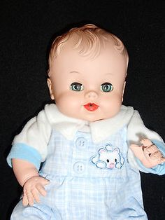 SO-CUTE-SUN-RUBBER-BABY-DOLL-BABEE-BEE-Sqeaker-Doll-In-New-Outfit