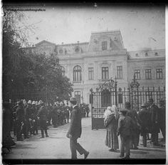 Old Photos, Vintage Photos, Bucharest, Belle Epoque, Romania, Louvre, Street View, Country, Travel