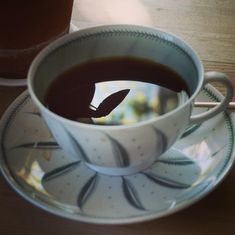 I love it when I see shapes in unexpected places! Not sure what I will do today so contemplating over coffee in my favourite Susie Cooper cup. Maybe I'll play around with re-elected shapes! Creative Diary, Susie Cooper, Artist Life, Shapes, Play, Coffee, My Favorite Things, My Love, Tableware
