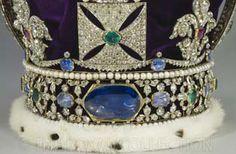 The Imperial State Crown- na Torre de Londres, pode ver-se um diamante com 3106 quilates encontrado em 1905 na África do Sul, que faz parte das joias da coroa.