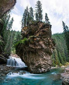 Johnston Canyon, Banff National Park, Alberta Canada