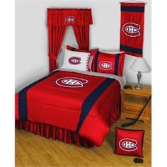 Chicago Blackhawks NHL Hockey Bedding by sports Coverage, is the finest officially licensed NHL Hockey bedding made anywhere. Shop at the domestic Bin for all your NHL Hockey Bedding and Bath. Montreal Canadiens, Bed Comforter Sets, Queen Bedding Sets, Comforters, San Jose Sharks, Blackhawks Hockey, Chicago Blackhawks, Hockey Bedroom, Sports Bedding