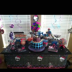 Monster High Table Decoration Idea via Pinterest