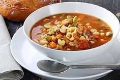 A simple Minestrone soup recipe for you to cook a great meal for family or friends. Buy the ingredients for our Minestrone soup recipe from Tesco today. Crock Pot Recipes, Fall Crockpot Recipes, Fall Recipes, Chicken Recipes, Blue Zones Recipes, Zone Recipes, Cooking Recipes, What's Cooking, Real Food Recipes