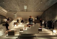There are no words for the amazingness of architecture and design this store has, made by 3Gatti Architecture Studio.