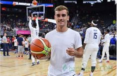 griezmann images, image search, & inspiration to browse every day. French Soccer Players, Antoine Griezmann, New York Knicks, My Man, Crushes, Basketball Court, Philadelphia, Madrid, Sports