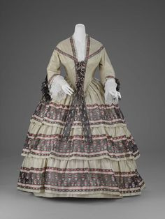 Woman's day dress American late 1850s Object Place: United States ACCESSION NUMBER 50.476a-b MEDIUM OR TECHNIQUE Silk plain weave (taffeta), with supplementary-weft patterning (à la disposition) and silk net | Museum of Fine Arts, Boston