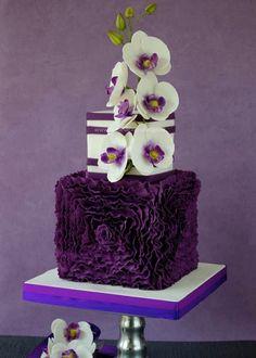 Featured Wedding Cake: Bellaria Cakes Design by Riany Clement; 25 Wedding Cake Inspiration with Striking Color and Details: Featured Wedding Cake: Bellaria Cakes Design by Riany Clement Beautiful Wedding Cakes, Gorgeous Cakes, Pretty Cakes, Cute Cakes, Amazing Cakes, Bolo Cake, Purple Cakes, Ruffle Cake, Fondant Ruffles
