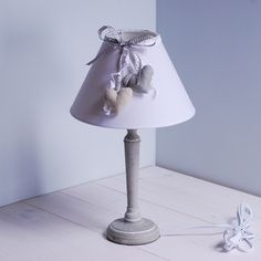 Lampka nocna szara z serduszkami - drewno