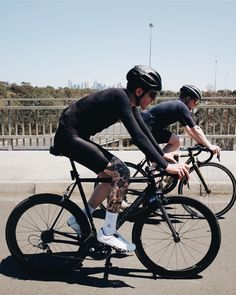 // Cycling Wear, Road Cycling, Cycling Outfit, Bike Messenger, Pro Bike, Cycling Motivation, Commuter Bike, Bicycle Race, Old Bikes