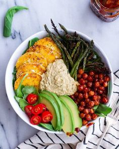 Not sure about the BBQ chickpeas.but will def try making the ranch hummus - Spicy BBQ Chickpea and Crispy Polenta Bowls with Asparagus + Ranch Hummus Lunch Bowl Recipe, Lunch Recipes, Whole Food Recipes, Vegetarian Recipes, Cooking Recipes, Healthy Recipes, Vegetarian Dinners, Cooking Food, Veggie Bowl Recipe