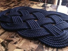 This is made from navy blue cotton 1/2 inch rope. It is the classic Ocean Mat design used by sailors over the centuries. ~IMPORTANT~ I am visiting