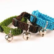 Crochet Kitty Cat Collar Pattern - via @Craftsy