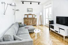 Urządzamy salon: drewno w nowoczesnym wnętrzu