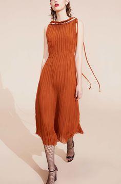 http://www.vogue.com/fashion-shows/resort-2017/nina-ricci/slideshow/collection