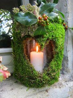 Herbststrauss Vom Wegesrand Baumstamm   Teelichthalter Im Laub Windlicht    Herbstlaub Windlicht   Moos Holzherz .