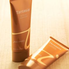 Tint today. Tan Tomorrow. Natural self tanner with no negative. Also, includes a bronzer. LOVE LOVE LOVE