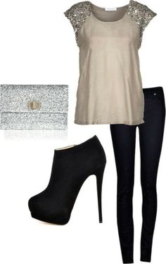 I'm looking for a black leather look legging with material thick enough to suck in and shape the thighs. I want to be able to wear booties with the leggings. I also like the casual shirt with the bling. Beauty And Fashion, Look Fashion, Passion For Fashion, Fashion Outfits, Womens Fashion, Elegance Fashion, Fashion Glamour, Fashion 2014, High Fashion