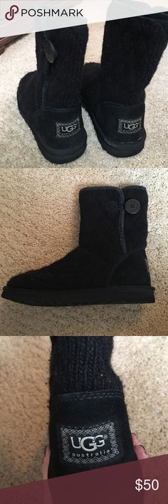 Ugg boots Bailey button short quilted Ugg boots. Size 6. Good condition. UGG Shoes Winter & Rain Boots