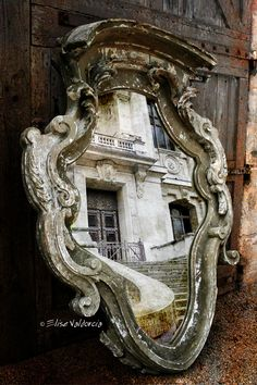 Mirror designed by Elise Valdorcia.  Revisited by Guillaumette Duplaix  © all rights reserved