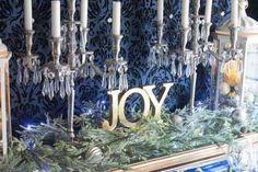 Learn how to make a Christmas garland that will take your Christmas fireplace mantle decor to another level with this step-by-step tutorial. Christmas Fireplace, Christmas Mantels, Christmas Home, Fireplace Mantel, Christmas Decorations For The Home, Christmas Centerpieces, Tree Decorations, Fall Room Decor, Home Decor
