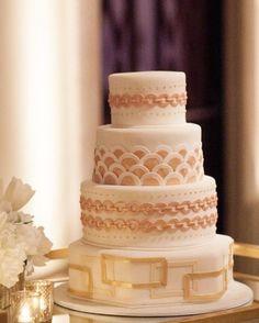 Featured Photographer: Miki & Sonja Photography; Wedding cake idea.