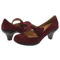 Vintage-style heels