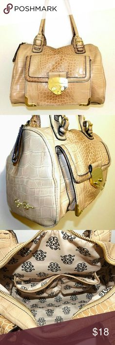 """JESSICA SIMPSON Tan Croc Embossed SATCHEL Dimensions 9""""(H) x 12.5"""" (L) x 7"""" (D)  With a 9.5"""" strap drop.  Sleek stylish Satchel in croc-embossed faux leather. Features weighted exterior front pocket with golden magnetic snap closure. Has three interior pockets, one large zippered pocket and two slip pockets as shown for your technology. Has some light wear around handles and inner front pocket has a slit on inside of bag at bottom- impossible to see- not visible. Overall condition of bag is…"""